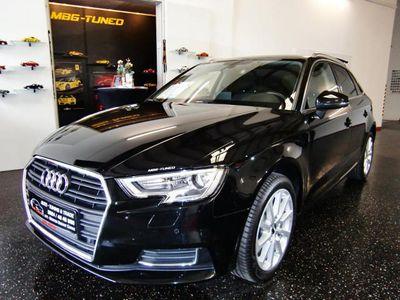used Audi A3 Sportback 1,6 TDI Design, Xenon, Navi, Tempomat Teilleder
