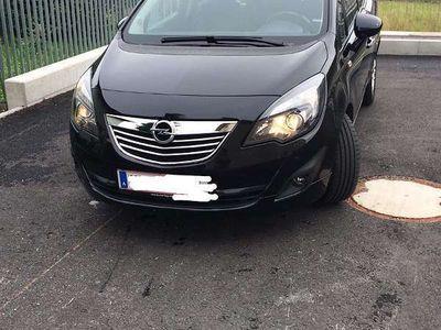 gebraucht Opel Meriva 1.4 turbo 140PS Kombi / Family Van