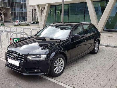 gebraucht Audi A4 Avant 2.0 TDI Quattro Aut. ASSISTENZ XENON Kombi / Family Van