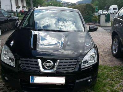 gebraucht Nissan Qashqai 2,0 dCi tekna 4WD DPF