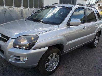 gebraucht Kia Sportage 2,0 Benzin de Luxe Kombi / Family Van
