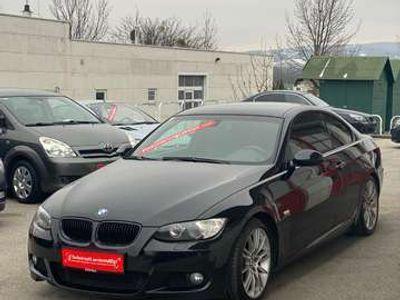 gebraucht BMW 325 3er-Coupé Diesel (E92) Coupé M-Paket Aut.