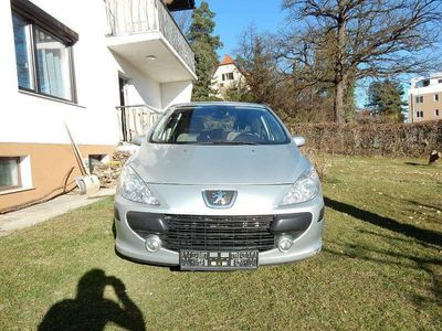 gebraucht Peugeot 307 PREM 1.4 16V 5T Klein-/ Kompaktwagen