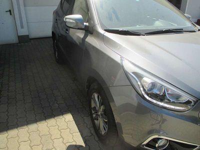 gebraucht Hyundai ix35 2,0 CRDi Premium Aut. SUV / Geländewagen,