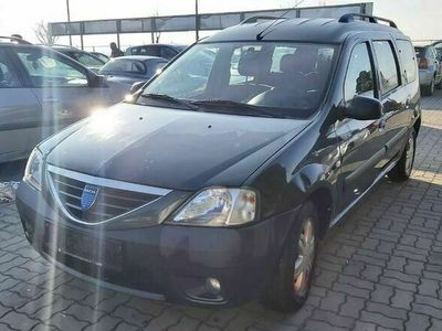 gebraucht Dacia Logan MCV Lauréate 1,6 16V * 7-Sitzer * Kombi / Family Van