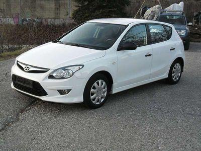 gebraucht Hyundai i30 1,4 Europe 1.Besitz Limousine