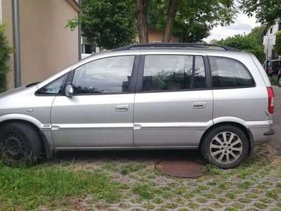 gebraucht Opel Zafira A Kombi / Family Van