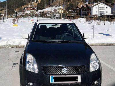 gebraucht Suzuki Swift 1,3 GL 5DR 4WD Klein-/ Kompaktwagen