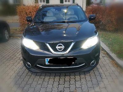 gebraucht Nissan Qashqai 1,6 dCi Tekna Start/Stop 4WD DPF