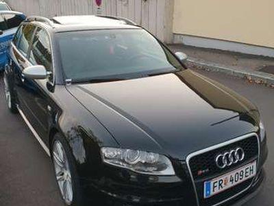 gebraucht Audi RS4 Avant 4,2 V8 quattro