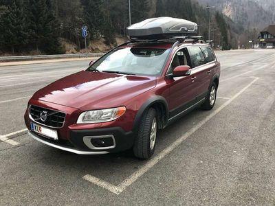 usata Volvo XC70 2.4 D5 AWD Cross Country Kombi / Family Van,