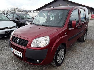 usata Fiat Doblò Doblo 1,3 16V JTD Multijet Family SOFORT FINANZ... Kombi / Family Van,