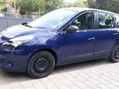 used Renault Scénic III ScenicAuthentique 1,5 dCi DPF