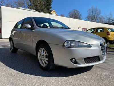 gebraucht Alfa Romeo 147 Neuem Pickerl! Wenig km! Tempomat usw... Klein-/ Kompaktwagen