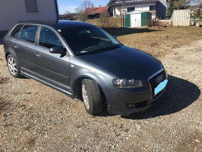 gebraucht Audi A3 Sportback Ambition 1,9 TDI Klein-/ Kompaktwagen