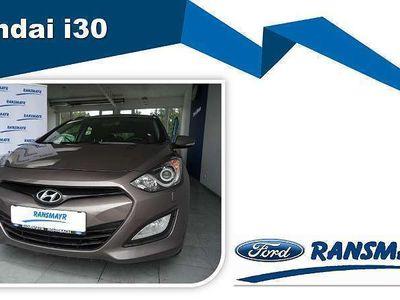 gebraucht Hyundai i30 CW 1,6 GDI Premium Kombi / Family Van