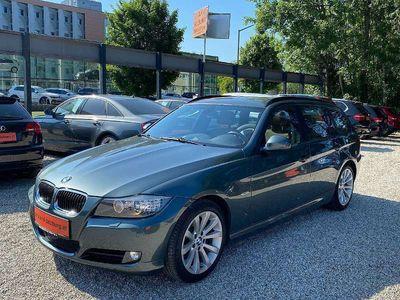 gebraucht BMW 320 3er-Reihe d Touring NAVI LEDER XENON PANORAMADACH Kombi / Family Van