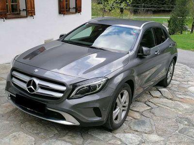 gebraucht Mercedes GLA220 GLA-Klassed 4MATIC Aut.Urban STYLE Leasingfähig und Top Zustand SUV / Geländewagen