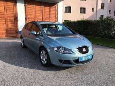 gebraucht Seat Leon Salsa Ecomotive 1,9 TDI DPF Klein-/ Kompaktwagen