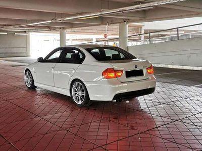 gebraucht BMW 325 (E90) M Paket   3.0   Schaltwippen