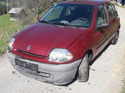 used Renault Clio ClioB 1,9l 80PS Klein-/ Kompaktwagen,