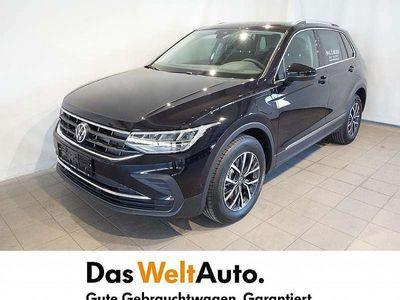 gebraucht VW Tiguan Life eHybrid DSG SUV / Geländewagen