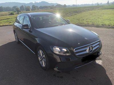 used Mercedes E200 T Avantgarde innen und außen