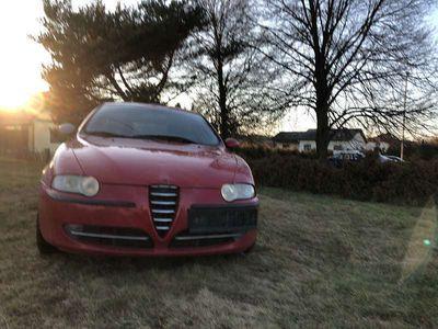 gebraucht Alfa Romeo 147 147 Alfa1,9 Progression JTD Klein-/ Kompaktwagen
