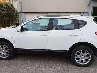gebraucht Nissan Qashqai TEKNA 2.0 4WD SUV / Geländewagen,