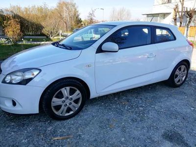 used Kia pro_cee'd pro_cee'd / ProCeed1,6 CRDi Active DPF ISG