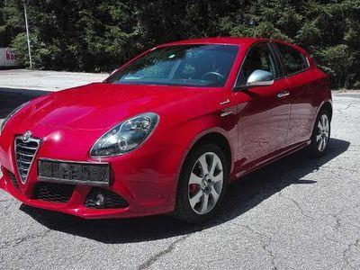 gebraucht Alfa Romeo Giulietta 1,4 TB Sportiva Klein-/ Kompaktwagen