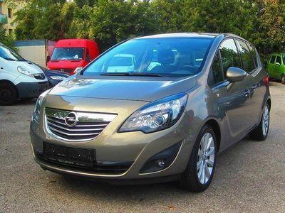 gebraucht Opel Meriva 1,4 ecoFlex Turbo Cosmo Start&Stop Kombi / Family Van,