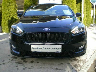 gebraucht Ford Focus ST-Line Lim. (CEW)