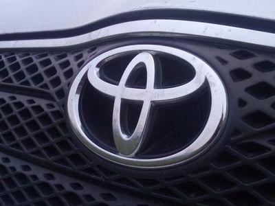 gebraucht Toyota Corolla 2,0 D Linea Sol PAKETPREIS: +MAZDA 3 SPORT