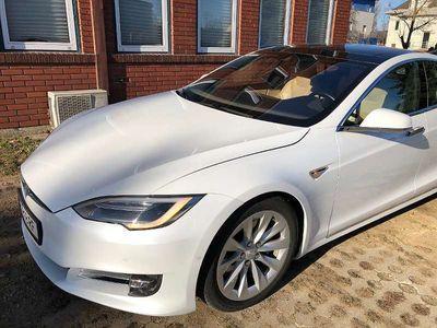 gebraucht Tesla Model S 90D mit freiem Supercharging Limousine
