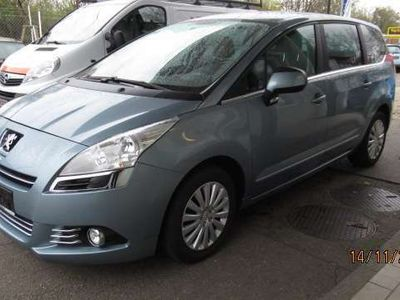 gebraucht Peugeot 5008 1,6 VTI Premium Kombi / Family Van