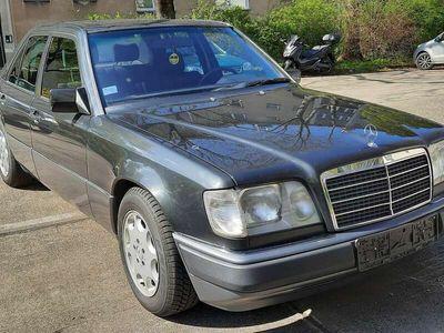 gebraucht Mercedes E220