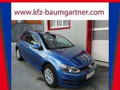 gebraucht VW Golf VII 1,6 BMT TDI 5-türig *NAVI*TEMPOMAT*PDC vo/hi*