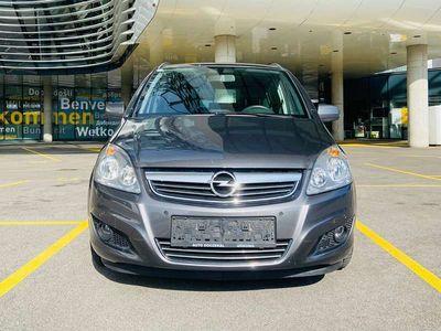 gebraucht Opel Zafira Sonder Edition 111 | STANDHEIZUNG| 7-Sitzer | Kombi / Family Van