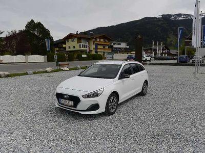 gebraucht Hyundai i30 GO! Kombi Kombi / Family Van,