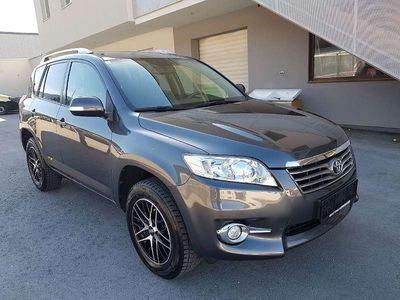 gebraucht Toyota RAV4 2,2 D-4D 150 DPF 4WD Elegance SUV / Geländewagen,