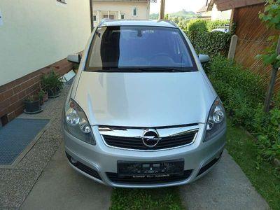 brugt Opel Zafira 1,9 DTDI Kombi / Family Van,