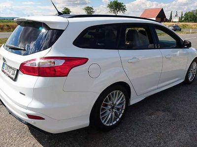 gebraucht Ford Focus ST LINE Kombi / Family Van