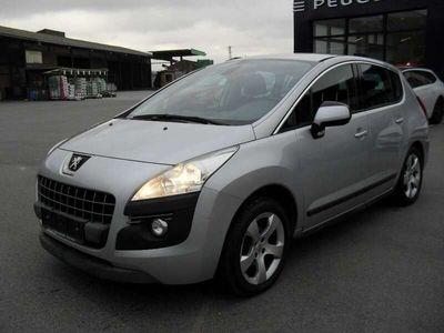 gebraucht Peugeot 3008 1,6 e-HDi 115 FAP ASG6 Active