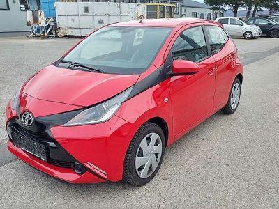 gebraucht Toyota Aygo 1,0 VVT-i x-play Limousine,