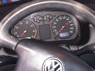 gebraucht VW Golf IV Golf1,4l Benziner Klein-/ Kompaktwagen