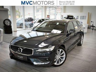 gebraucht Volvo V60 D4 Momentum Geartronic Kombi / Family Van,