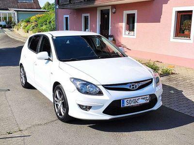 gebraucht Hyundai i30 1,4 CVVT Comfort Limousine