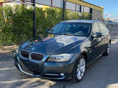 gebraucht BMW 330 i Aut. Edition-Paket Navi*Xenon*Leder*114500KM*