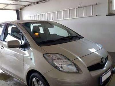 gebraucht Toyota Yaris 1,33 Dual-VVT-i Sol Plus